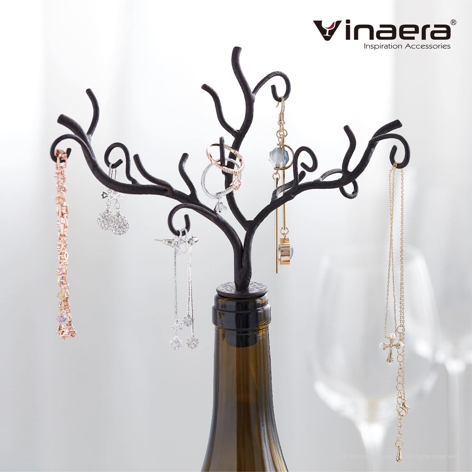 VINAERA WINE BOTTLE JEWELRY TREE